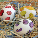 Easy Easter Craft decoupage easter eggs