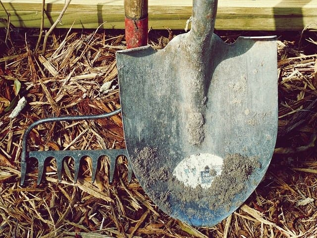long handled shovel with a pointed tip