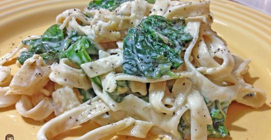 Meatless Monday Recipe: Spinach and Artichoke Alfredo