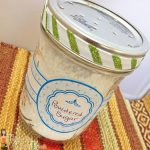 Easy Mason Jar Craft: Powdered Sugar Dispenser