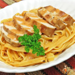 Easy Pasta Recipe: Fettuccine with Grilled Chicken in a Tomato Cream Sauce