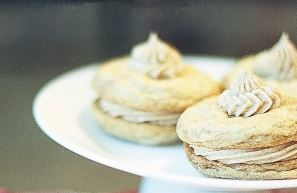 Snickerdoodle Creme Pies and a Recipe Linky!
