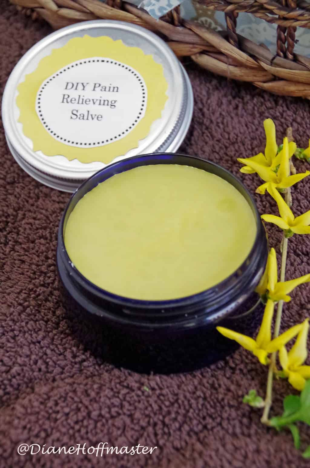 All Natural #DIY Pain Relieving Salve for Sore Muscles