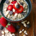 Easy Overnight Oats Recipe with Strawberries, Almonds and Dark Chocolate