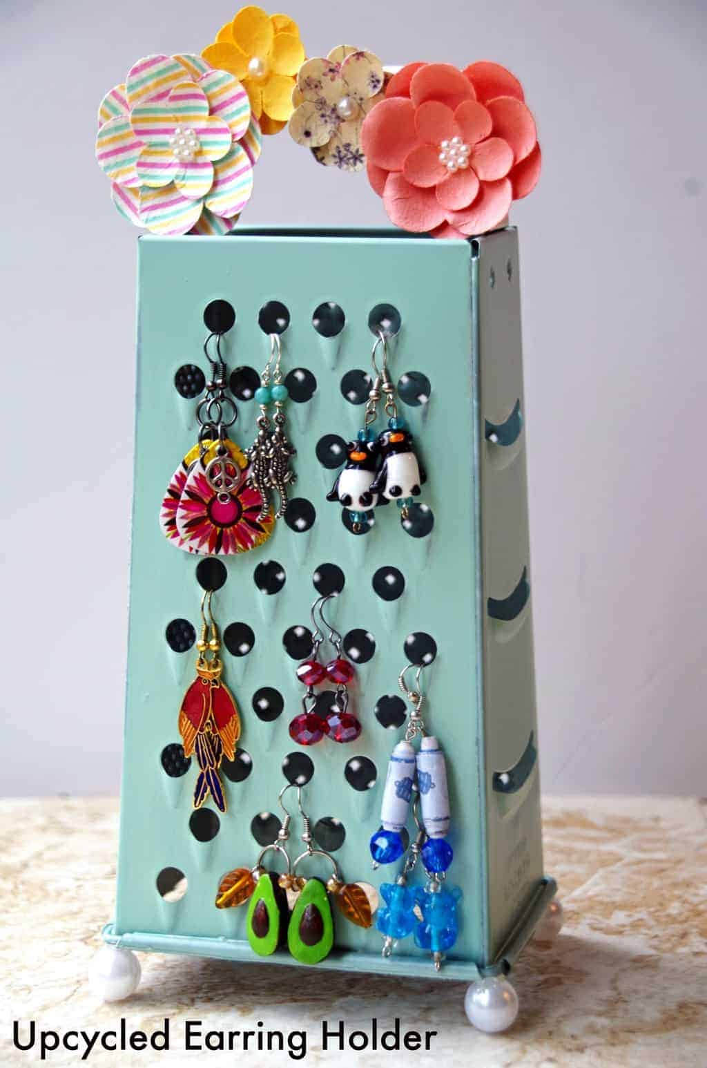 handmade craft ideas earring holder from an upcycled cheese grater 2145