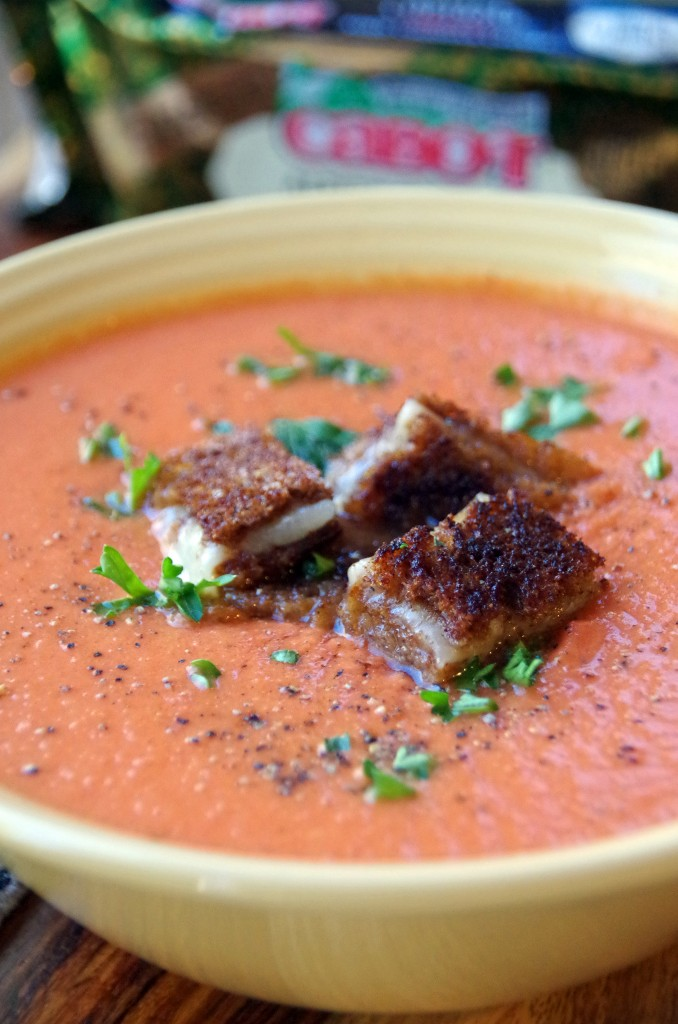 Easy Homemade Tomato Soup Recipe with Grilled Cheese Croutons