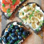 Easy Goat Cheese Toasts Appetizer Recipe