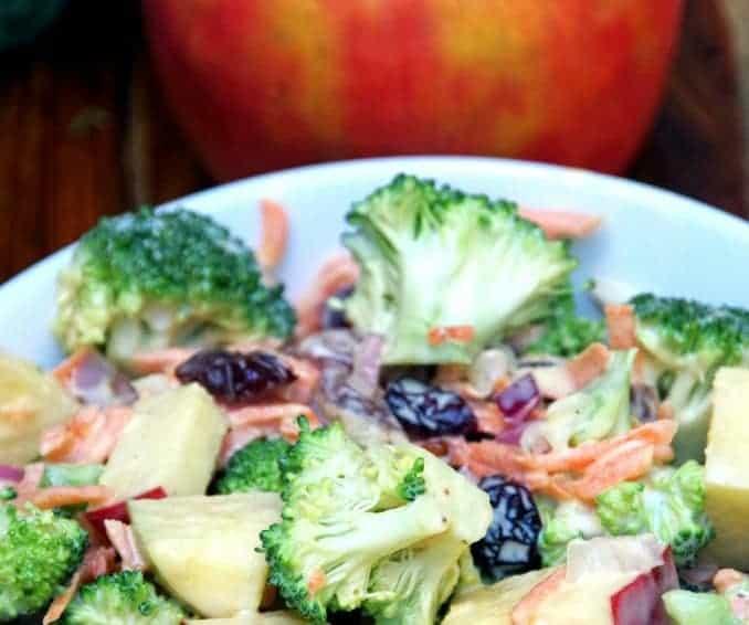 Easy broccoli carrot apple salad