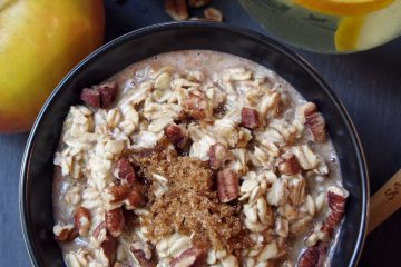 How to Get Healthy In 5 Minutes Per Day and a Maple and Brown Sugar Overnight Oats Recipe