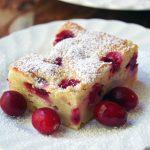 Easy Vanilla Cake Recipe with Yogurt and Cranberries