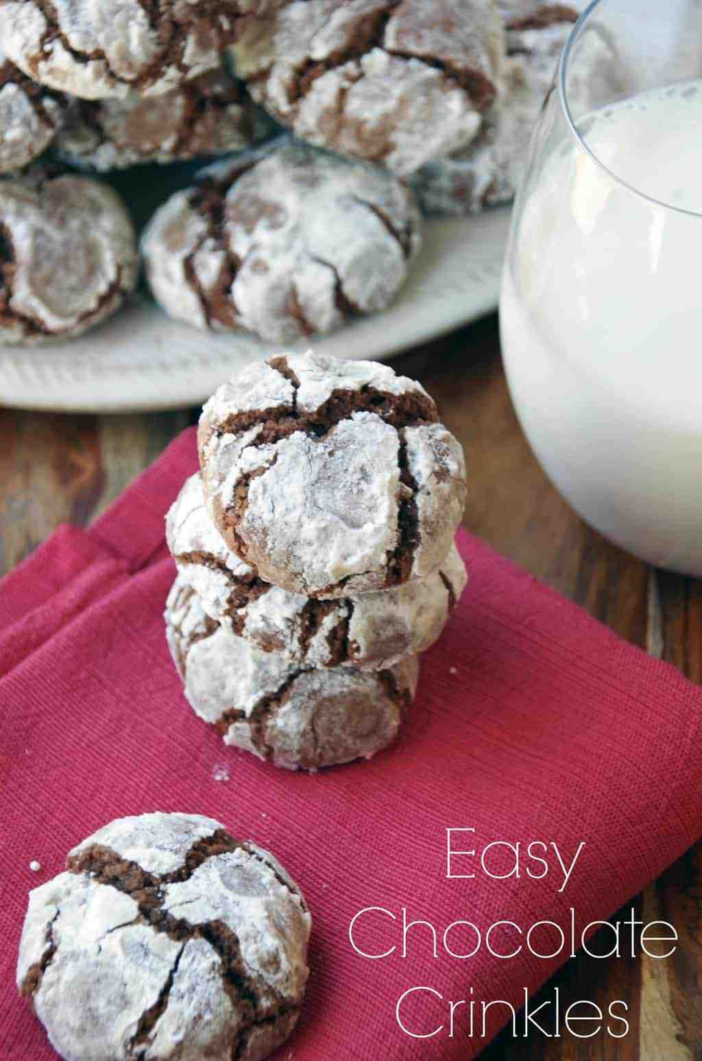 Easy Chocolate Crinkles Christmas Cookie Recipe - Turning the ...