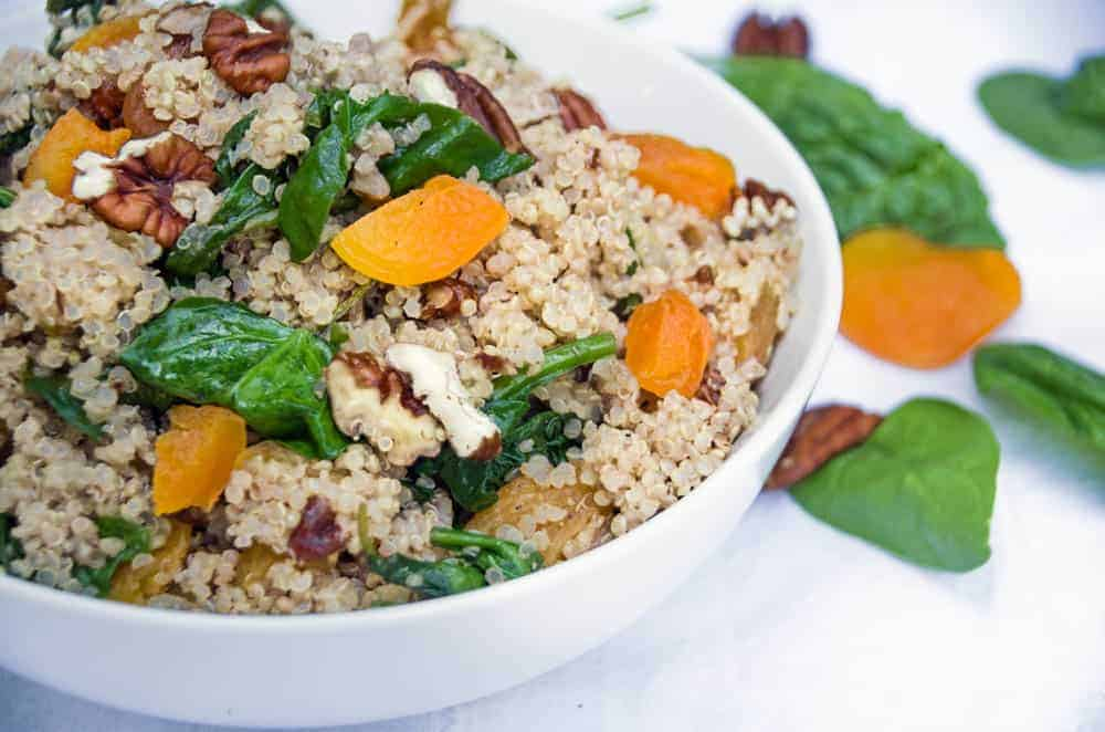 Healthy quinoa salad recipe turning the clock back healthy quinoa salad recipe with spinach and apricots forumfinder Images