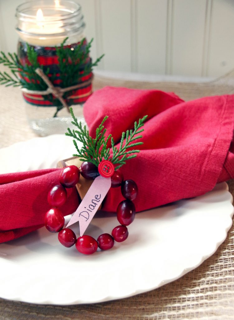 Make Cranberry Wreath DIY Place Cards!
