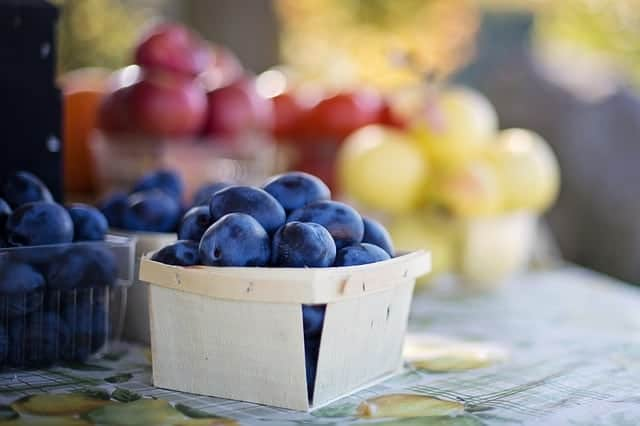 fruit from farmers markets