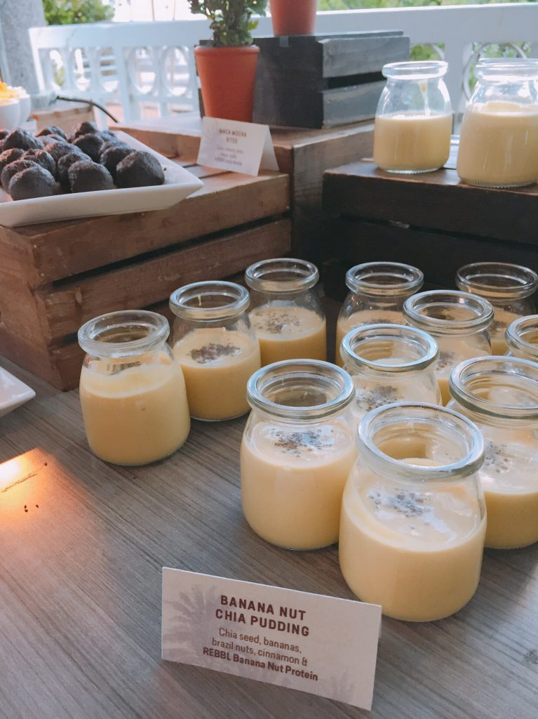 jars of healthy banana pudding at shiftcon conference