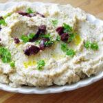 Cauliflower hummus recipe with lemon and garlic. Gluten free, paleo and keto friendly