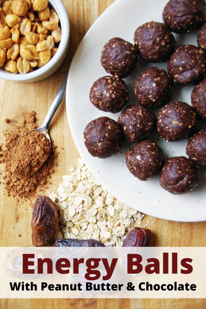 Energy Balls With Peanut Butter & Chocolate