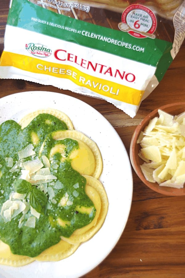 Celentano cheese ravioli with spinach pasta sauce with Parmesan cheese and fresh basil