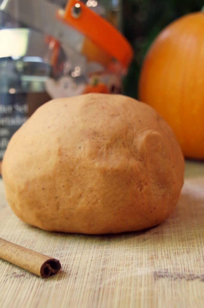 homemade playdough using pumpkin pie spice